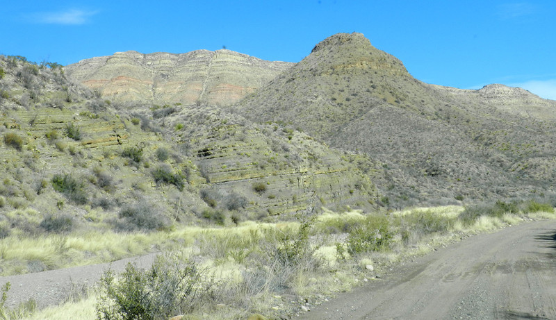 Pinto Canyon road4.jpg