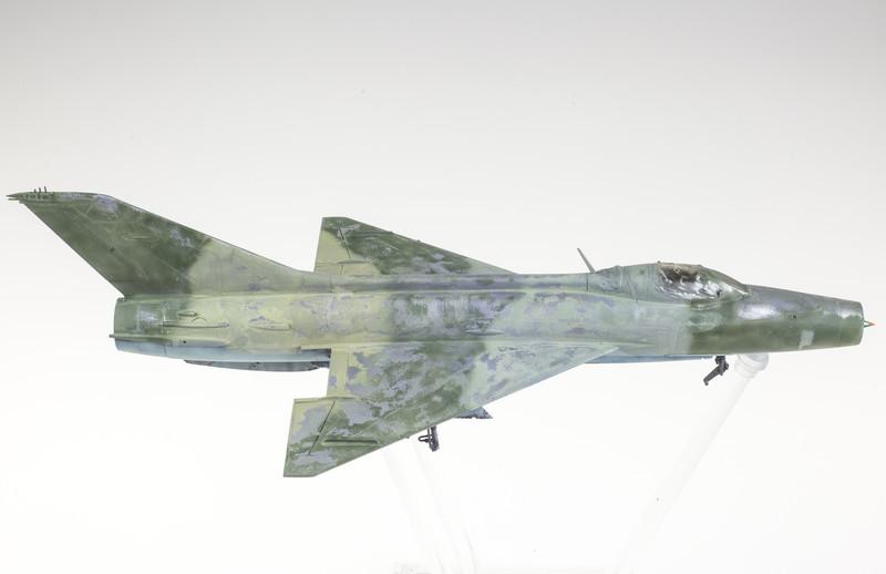 Trumpeter MiG-21F-13 03-20-14-3.jpg