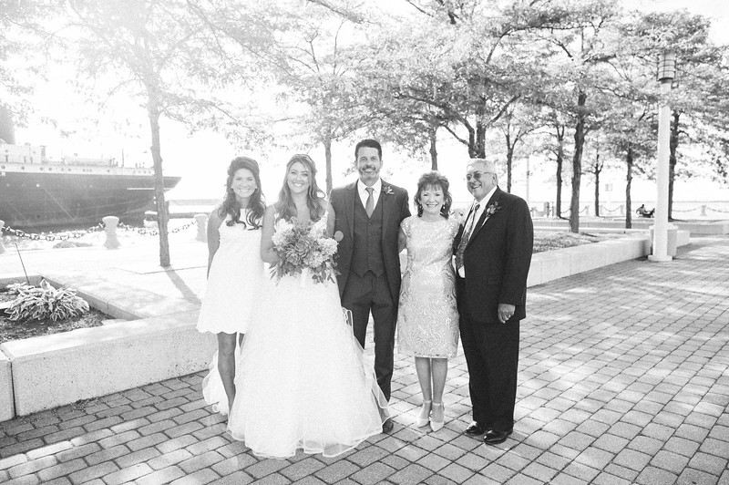 00217 Cleveland Wedding Photographer.jpg