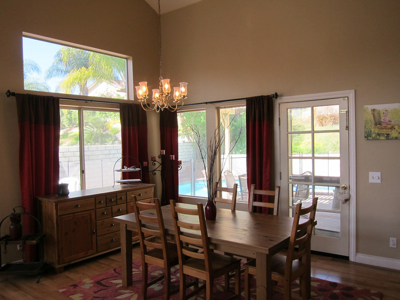 Dining room is right off the living room...