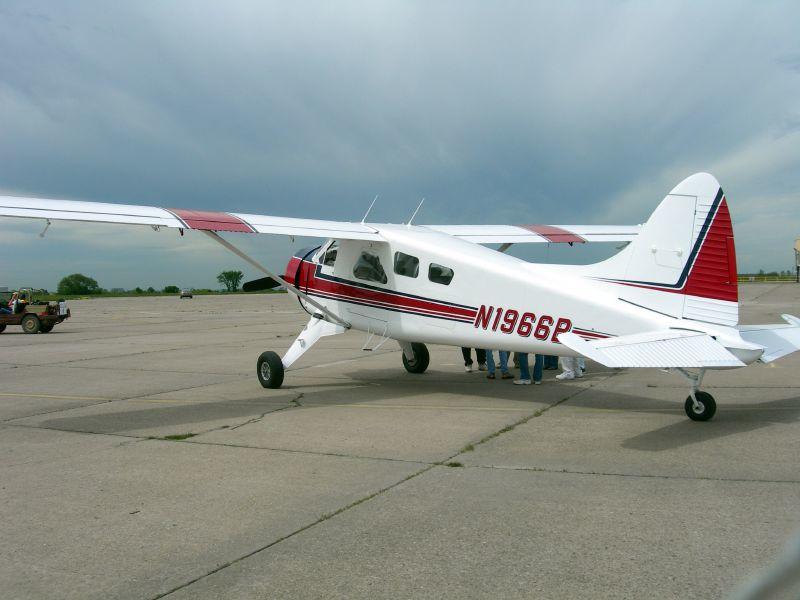 DEHAVILLAND DHC-2  Beaver, N1966B
