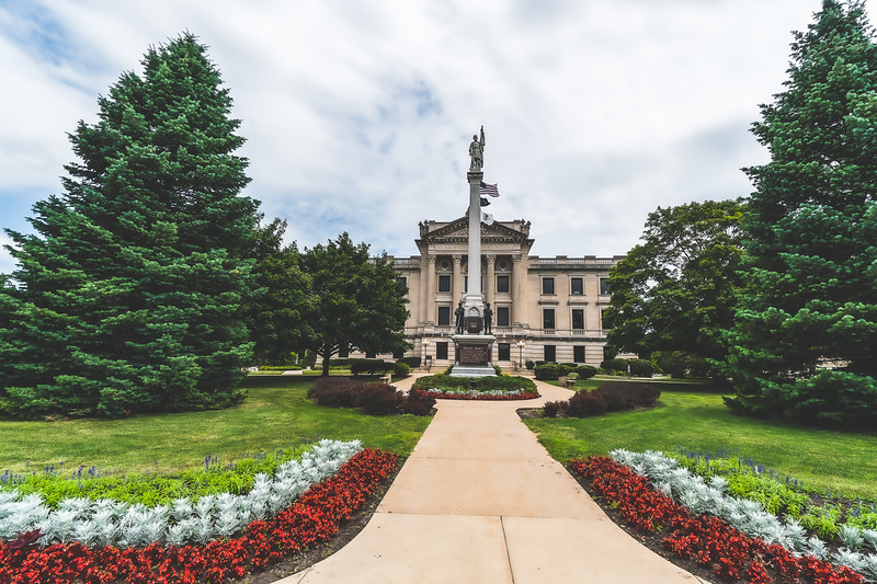 Courthouses of Illinois Collection