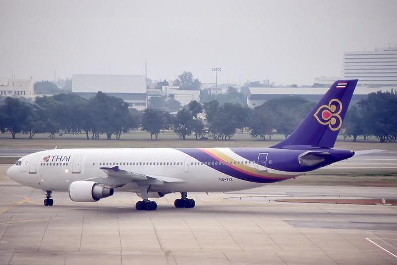Thai_02_A310_HS-TAK.jpg