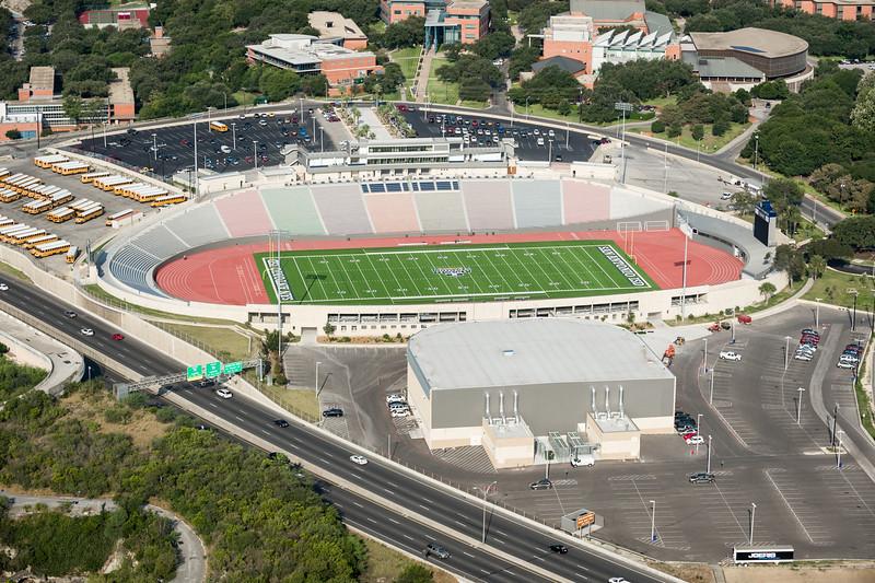 09/23/2014 092449 -- San Antonio, TX -- © Copyright 2014 Mark C. Greenberg  Alamo Stadium