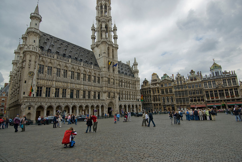 Wide shot of plaza outside Brussels Town Hall - Belgium