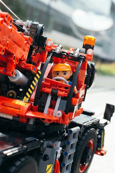 42082 - Heavy Lifting