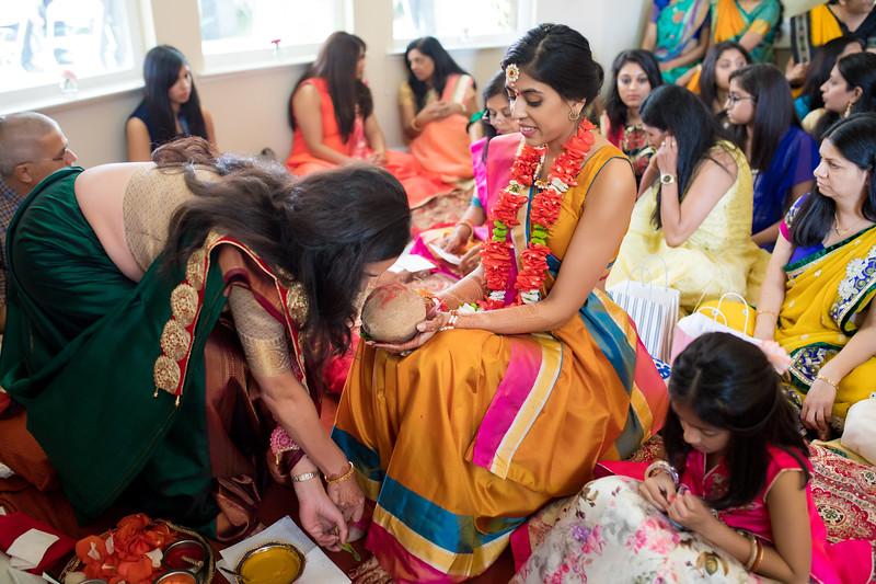 Hina_Pithi_Pooja-159.jpg