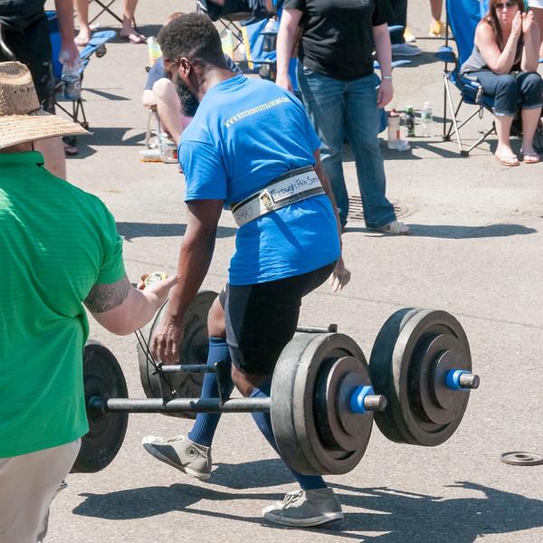 TPS Strongman 2014_ERF2241.jpg
