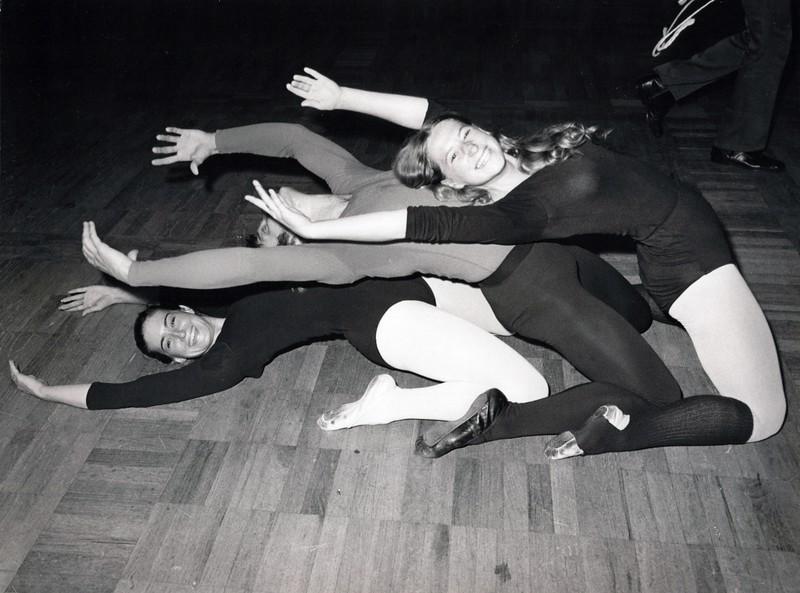 Dance_1298_a.jpg