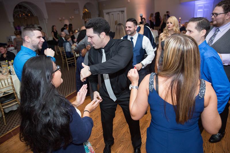 1081_loriann_chris_new_York_wedding _photography_readytogo.nyc-.jpg