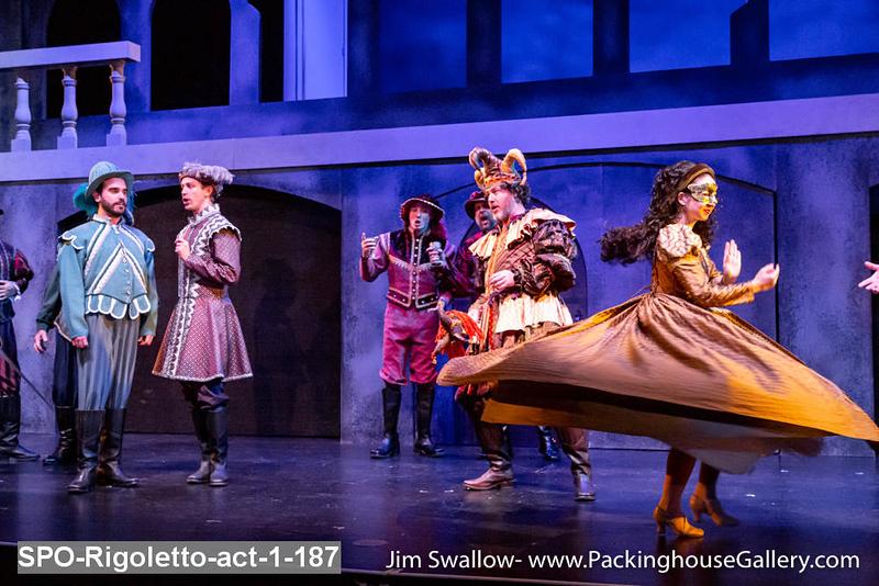 SPO-Rigoletto-act-1-187.jpg