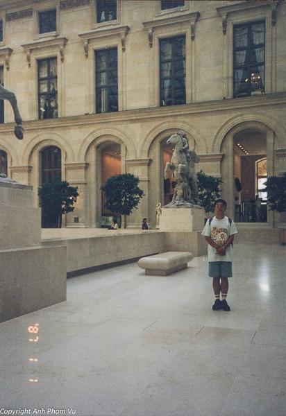 Paris 90s 027.jpg