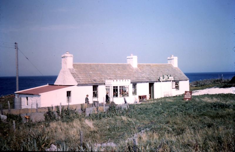 1959-9-5 (1) The last house @ John o Groats, Scotland.JPG