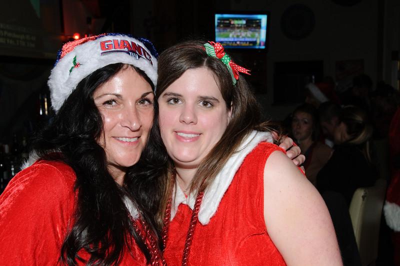 2009 ALS Santa Crawl-90.jpg