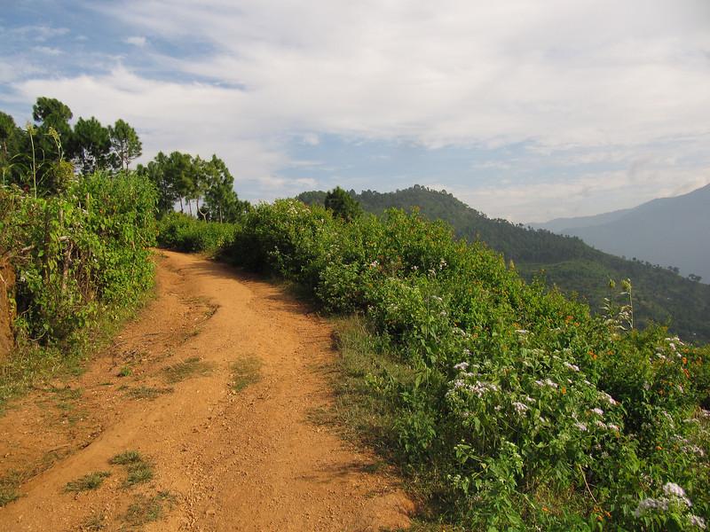 Dhankuta ridge hike3.JPG