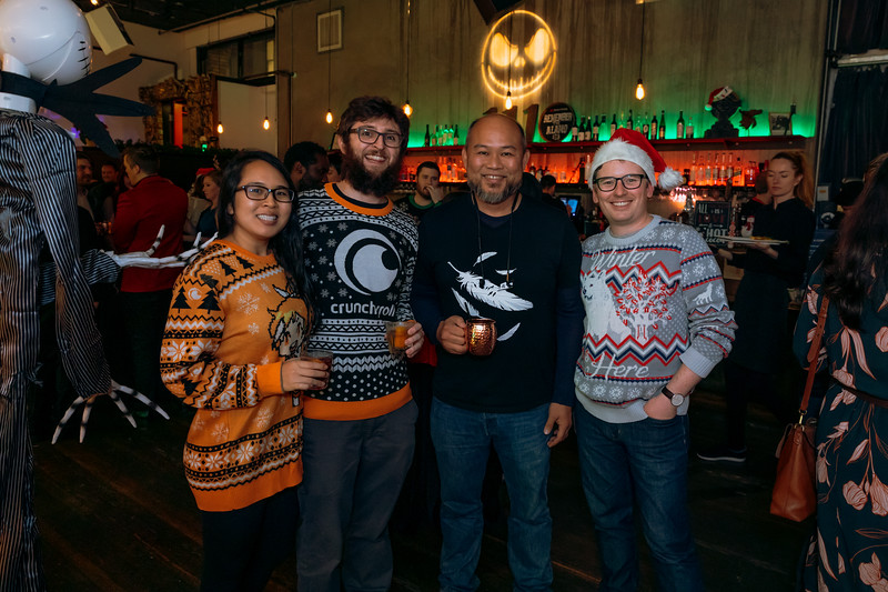 2019-12-06_OhSnapVisuals_CrunchyRoll_HolidayParty_CARD2_0037.jpg