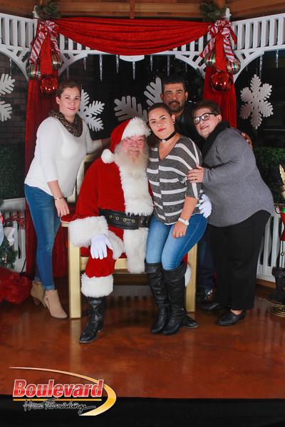 Santa 12-17-16-514.jpg
