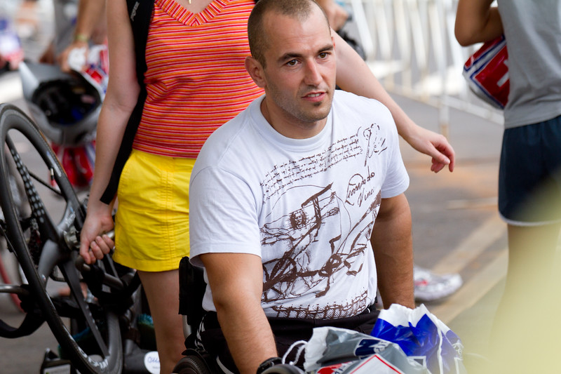 Hand cycle division