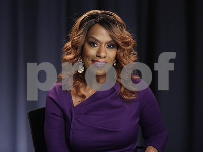 after-backlash-from-lgbt-fans-singer-jennifer-holliday-pulls-out-of-donald-trump-inauguration-concert