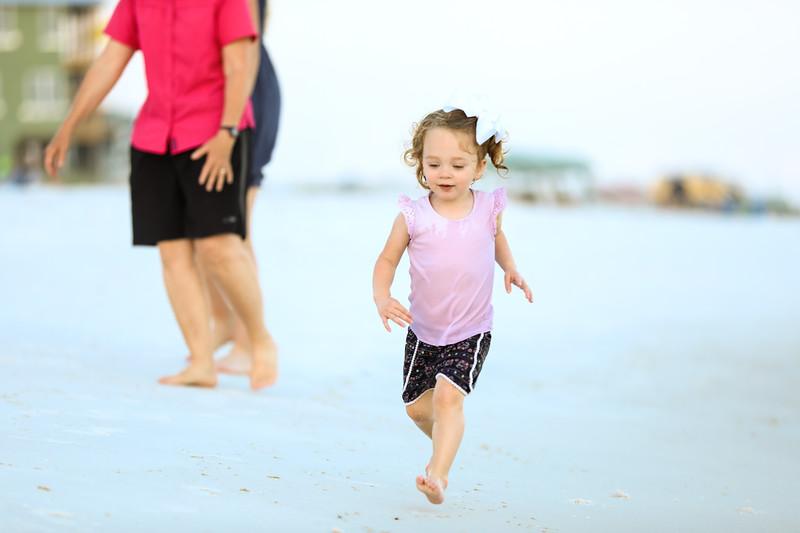 Harper at the beach-36.jpg