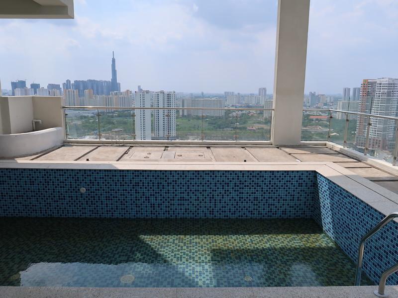 IMG_6190-penthouse-pool.JPG