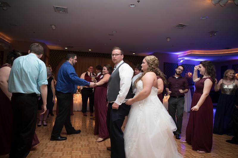 Amanda & Tyler Wedding 1039.jpg