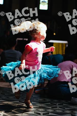 © Bach to Baby 2018_Alejandro Tamagno_Victoria Park_2018-06-13 007.jpg