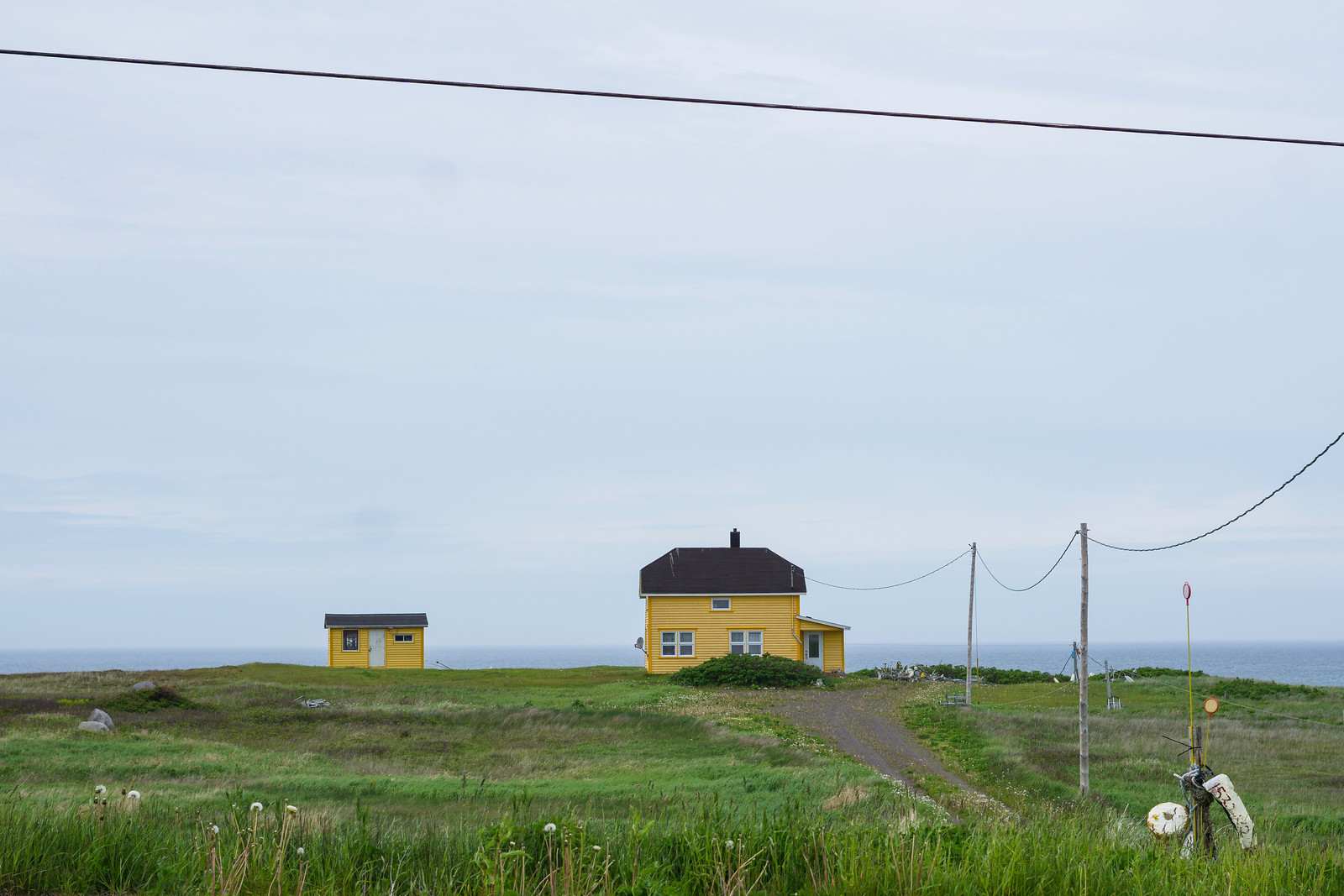 A small house with a gorgeous view on Grosse-Île.