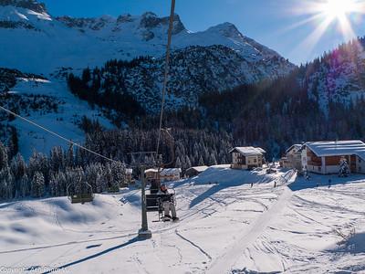 01 - Skiing Lech January 2009