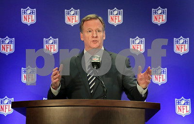 nfl-commissioner-league-is-not-changing-its-national-anthem-policy