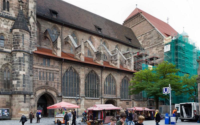 Nürnberg. St. Lorenz: Südfassade