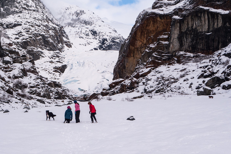 Mary's photo of Elia, Aurora and Raven in front of the Eagle Glacier.