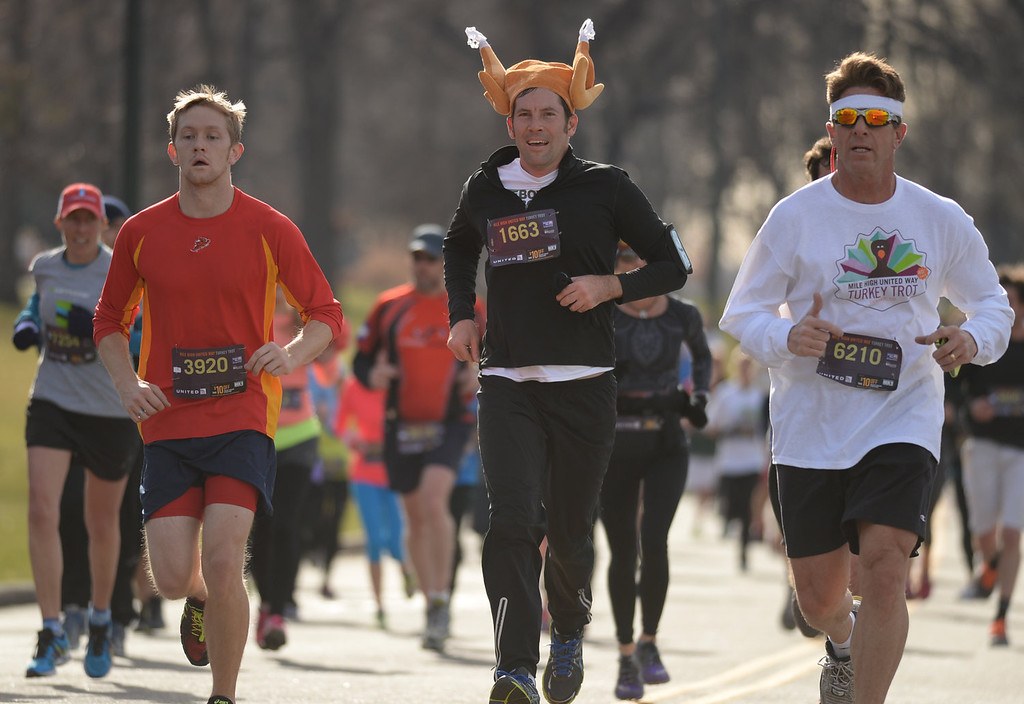 . Runners participate in the 40th Annual Turkey Trot in Washington Park in Denver, Colorado on November 28, 2013. Denver\'s largest Thanksgiving Day run benefits United Way and goes for 4 miles. (Photo by Hyoung Chang/The Denver Post)