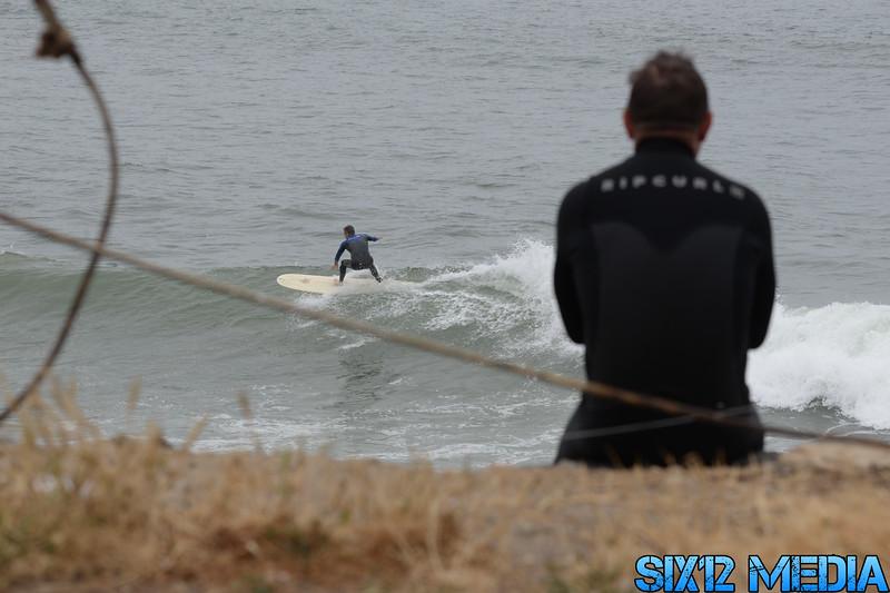 Gladstones Surf-54.jpg