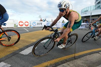 2017 Gold Coast ITU Men's WTS World Triathlon, Saturday 8 April 2017; Queensland, Australia. Camera 1. Photos by Des Thureson - http://disci.smugmug.com.