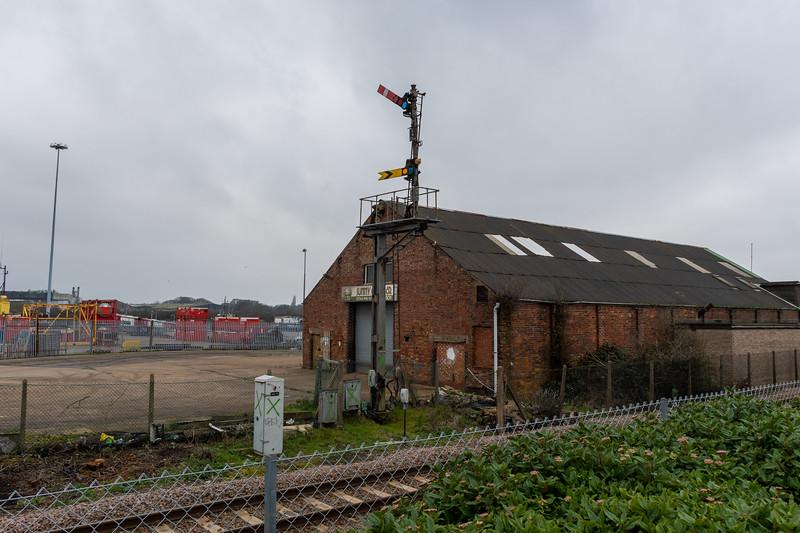 Lowestoft Semaphores - L6
