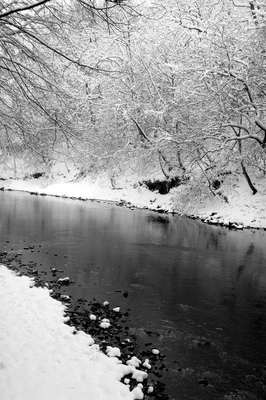 Glasgow (Black & White)