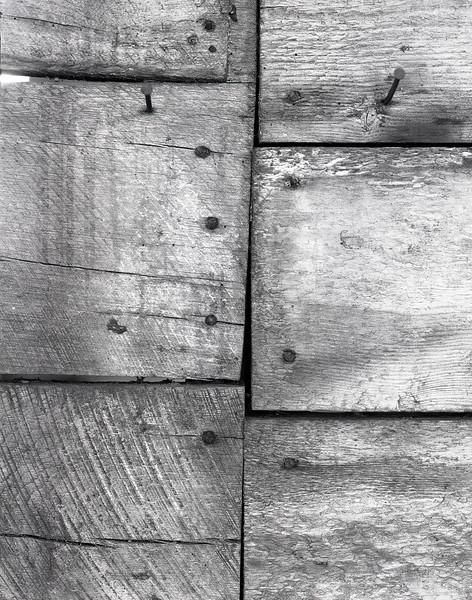 46900557_rough sawn siding