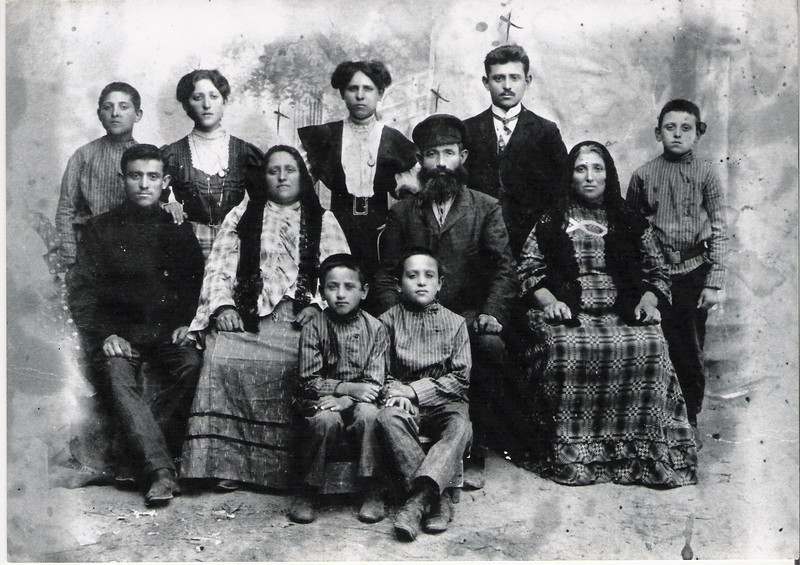 My grandfather's family emigrating from Russia to Argentina circa 1905
