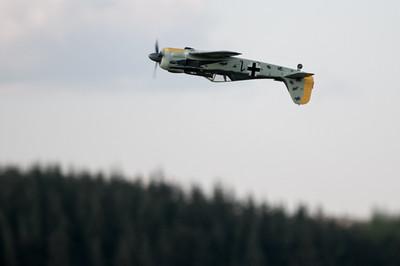 Mai 2013: Fliegen in Tjessem