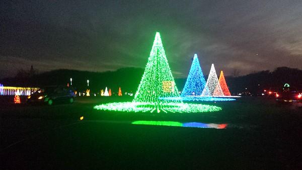 Coney Island's Christmas Nights of Lights - Cincinnati - 19 Dec. '16