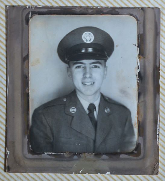 Willis in Air Force uniform