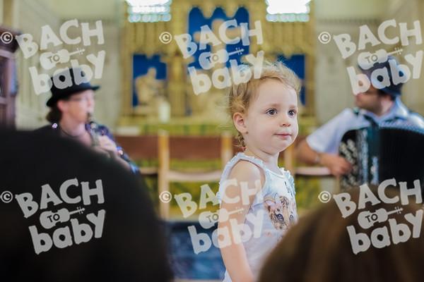 ©Bach to Baby 2017_Laura Ruiz_Notting Hill_2017-07-04_07.jpg