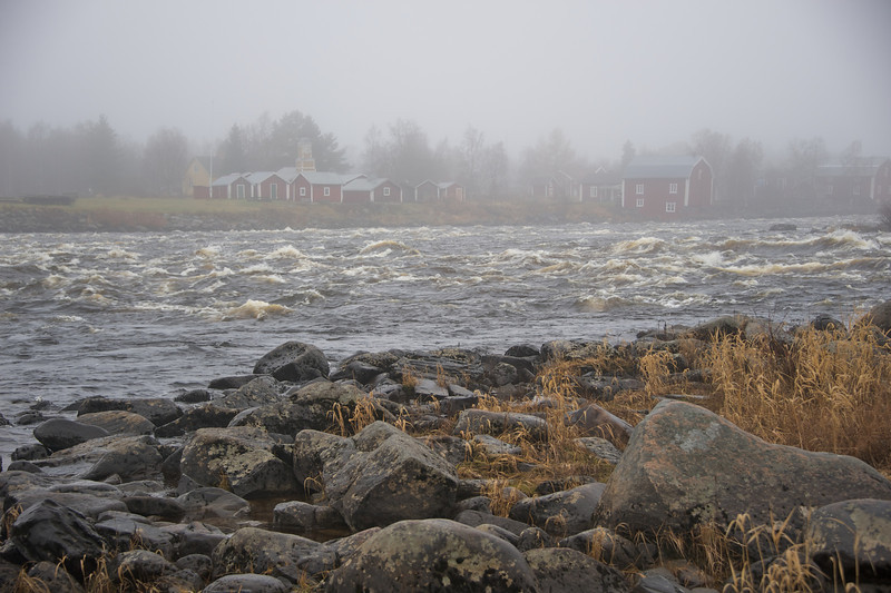 Cold waters at Kukkolankoski rapids