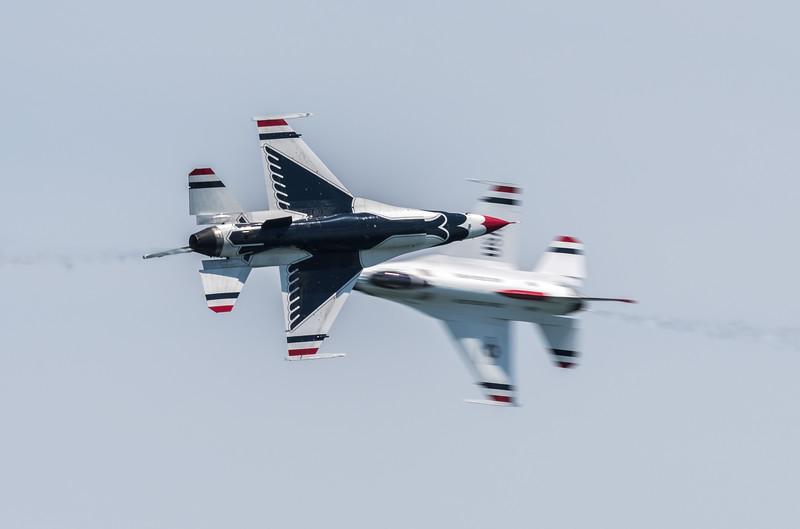 USAF T-birds Opposing Knife Edge pass