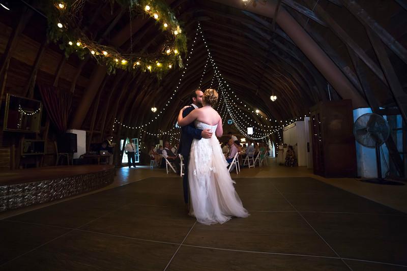 Garrett & Lisa Wedding (578).jpg