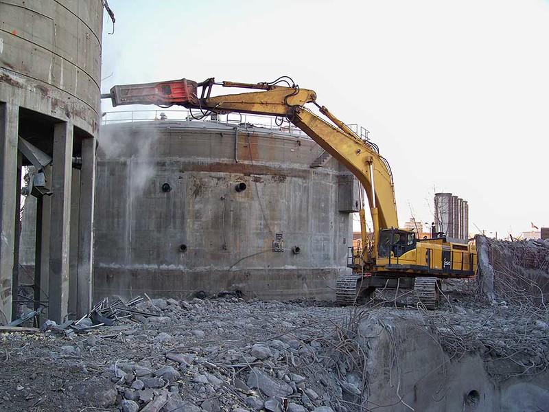 NPK GH50 hammer high reach demolition