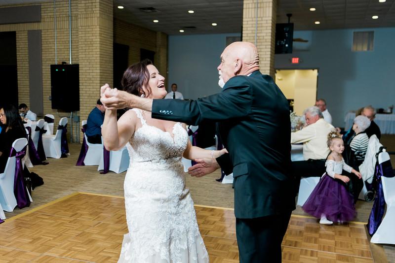 chateau-on-the-river-trenton-michigan-wedding-0406.jpg