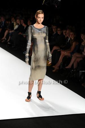 Michael Drummond Fashion photo by Rob Rich © 2010 robwayne1@aol.com 516-676-3939