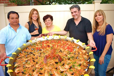 Martin Brothers Wines & Spirits - Paella Party